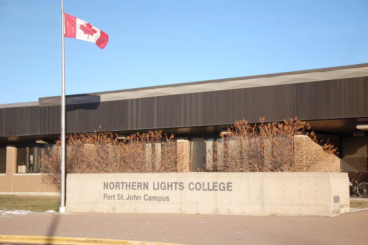 https://www.blueskyconsultancy.com/assets/uploads/university/campus/1527750899-northern lights college Fort St. John campus.jpg